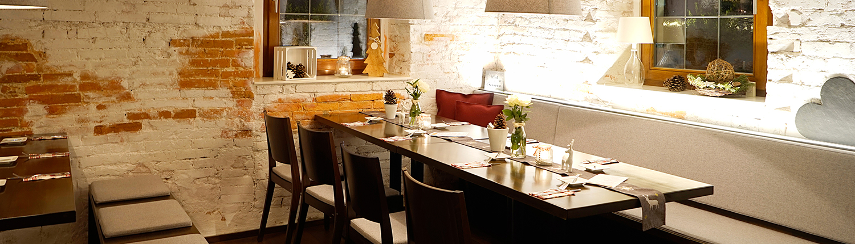 Das Restaurant mit stilvoller Einrichtung und gemtülichen Ecken