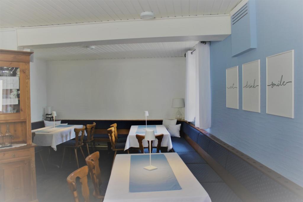 gemütlich und frisch renoviert: das Nebenzimmer